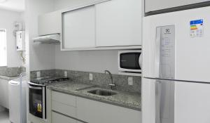 Apartamento Cerca del Mar 2 Suites, Apartmanok  Bombinhas - big - 6