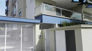 Apartamento Cerca del Mar 2 Suites, Apartmanok  Bombinhas - big - 10