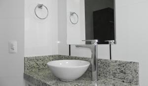 Apartamento Cerca del Mar 2 Suites, Apartmanok  Bombinhas - big - 13