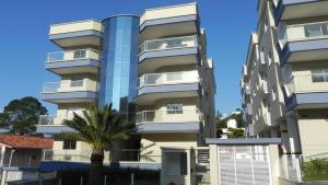 Residencial Aguas Azuis 2 Suites, Appartamenti  Bombinhas - big - 1