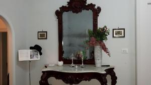Principe di Borbone - AbcAlberghi.com