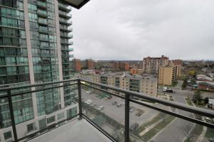 Whitehall Suites - Mississauga Furnished Apartments, Apartments  Mississauga - big - 2