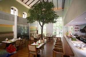 Sofitel Singapore Sentosa Resort & Spa (15 of 172)