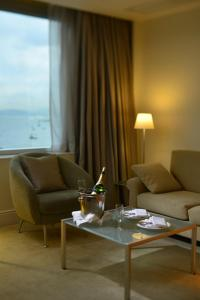 Executive Parlour Double or Twin Room with Lounge Access