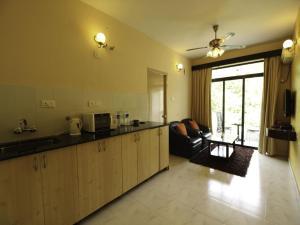 OYO 10163 Home Exotic Studio South Goa, Hotel  Sirvoi - big - 14