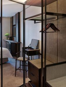 Tower Wing Deluxe Room
