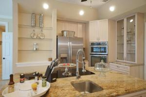 Villa Paradiso, Holiday homes  Cape Coral - big - 4