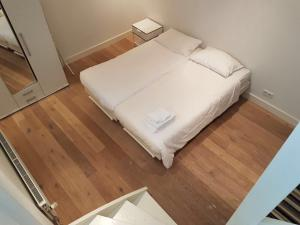 Cosy apartment in the center with a FREE PARKING, Apartmanok  Eindhoven - big - 5
