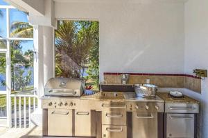 Villa VIP, Nyaralók  Cape Coral - big - 24