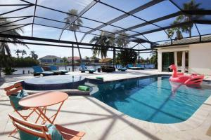 Villa Prestige, Prázdninové domy  Cape Coral - big - 1