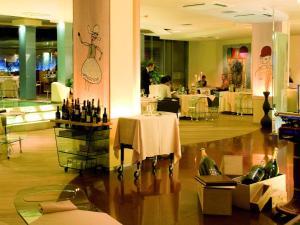Hotel Waldorf- Premier Resort, Hotels  Milano Marittima - big - 118