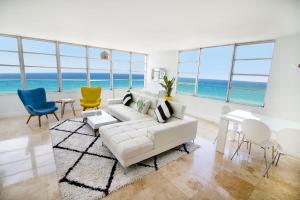 Deluxe Two Bedroom Master Suite with Ocean View