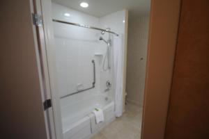 Queen Suite  - Disability Access with Kitchenette