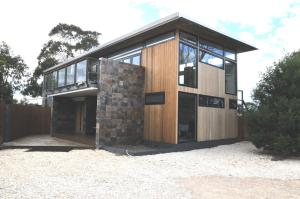 Malting Lagoon Guest House and Brewery, Bed & Breakfast  Coles Bay - big - 1