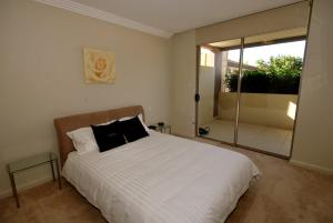 Shoal Bay Road, Aura Apartments, Unit 07, 59, Apartmanok  Shoal Bay - big - 8