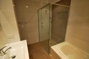 Shoal Bay Road, Aura Apartments, Unit 07, 59, Apartmanok  Shoal Bay - big - 9