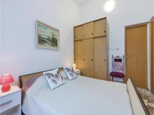 One-Bedroom Apartment in Pula, Apartmány  Pula - big - 15