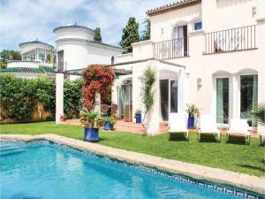 Villa Calle del Marco, Case vacanze  Estepona - big - 1