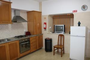 Peniche Apartament in Historic, Penzióny  Peniche - big - 13