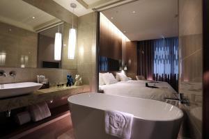 Hotel Intrendy, Hotely  Taishan - big - 11