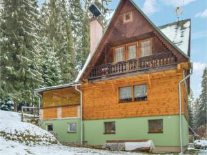 Six-Bedroom Holiday Home in Stefanov nad Oravou, Nyaralók  Felsőstepanó - big - 1