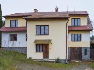 Two-Bedroom Apartment in Sedlec-Prcice, Apartmanok  Sušetice - big - 2