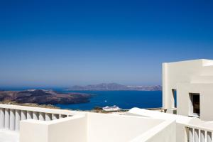 The Majestic Hotel (Fira)