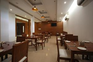 OYO 6135 The Motif, Hotels  Gurgaon - big - 23