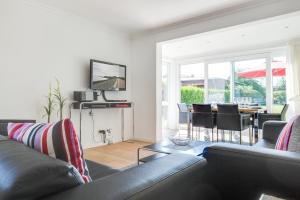Suederwung 12 _ Appartement 1, Apartmanok  Wenningstedt - big - 43