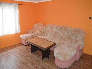 Two-Bedroom Apartment in Sedlec-Prcice, Апартаменты  Sušetice - big - 13