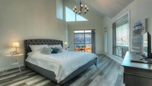 Discovery Bay Resort by kelownacondorentals, Apartments  Kelowna - big - 57