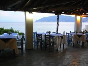 Megalos Mourtias, Ferienwohnungen  Alonnisos Old Town - big - 32