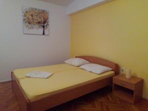 Apartment Grebastica 12619c