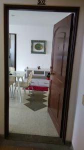 Habitacion Individual, Ubytování v soukromí  Cali - big - 12