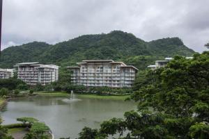 Pico de Loro 2br condo, Appartamenti  Nasugbu - big - 11