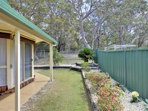Government Road, 48, The Bay House, Apartmanok  Shoal Bay - big - 7