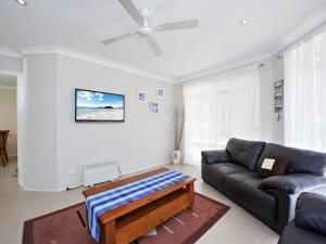 Government Road, 48, The Bay House, Apartmanok  Shoal Bay - big - 10