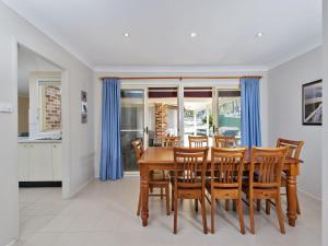 Government Road, 48, The Bay House, Apartmanok  Shoal Bay - big - 11