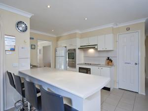 Government Road, 48, The Bay House, Apartmanok  Shoal Bay - big - 21