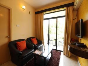 OYO 10799 Home Premium Studio Paroda, Apartmány  Sirvoi - big - 14