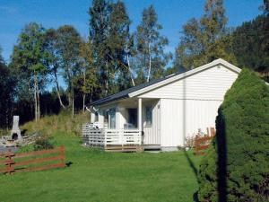Two-Bedroom Holiday home in Averøy 2, Nyaralók  Karvåg - big - 17