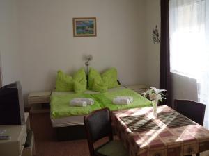 Kis Apartmanház, Apartmány  Hévíz - big - 15
