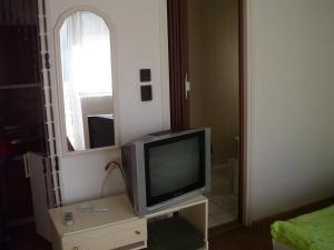 Kis Apartmanház, Apartmány  Hévíz - big - 19
