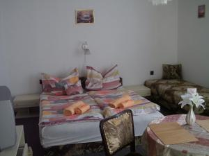 Kis Apartmanház, Apartmány  Hévíz - big - 20