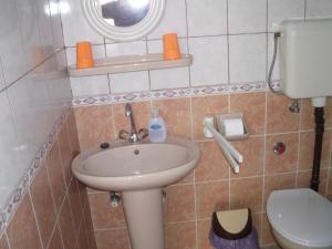 Kis Apartmanház, Apartmány  Hévíz - big - 21