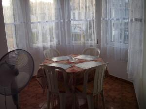 Kis Apartmanház, Apartmány  Hévíz - big - 26