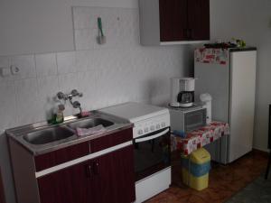 Kis Apartmanház, Apartmány  Hévíz - big - 27