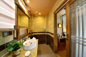 Yujian Zunxiang Guest House, Homestays  Lijiang - big - 26