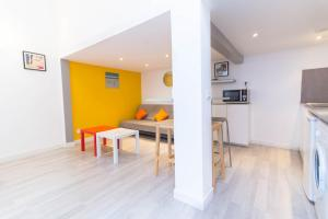 Luckey Homes - Rue Marignan, Ferienwohnungen  Marseille - big - 1