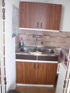 Kis Apartmanház, Apartmány  Hévíz - big - 50